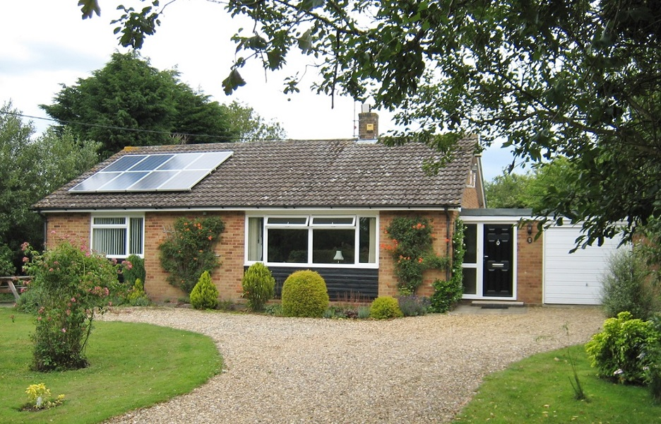 Holiday home by the sea, North Norfolk - Brook Bungalow